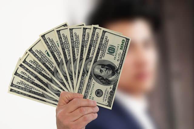 収入モデル